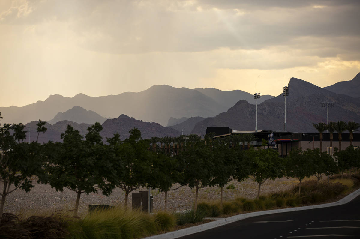 Las Vegas Weather Valley Sees A Few Thunderstorms Las Vegas Review Journal