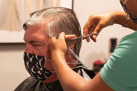 Las Vegas Aces head coach Bill Laimbeer gets a haircut on Wednesday, Aug. 19, 2020. (@lvaces/In ...