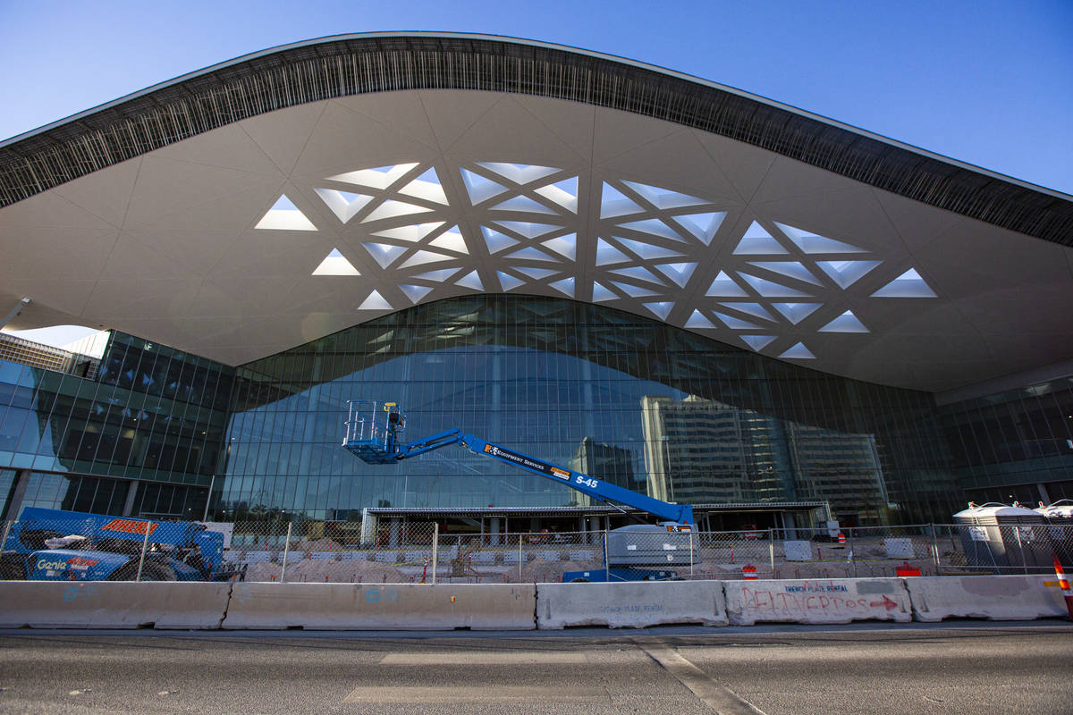 An exterior view of the Las Vegas Convention Center expansion in Las Vegas on Friday, July 31, ...