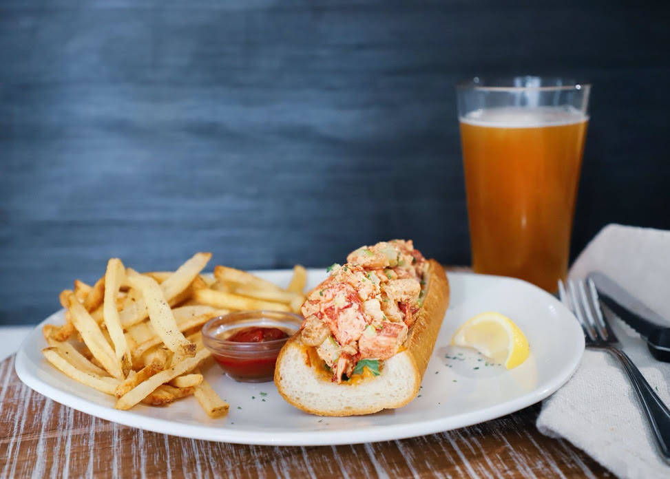Lobster and shrimp roll at Bonefish Grill. (Bonefish Grill)