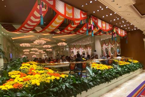 A glimpse into dinner service at The Buffet at Wynn on June 23, 2020. The Buffet at Wynn will c ...