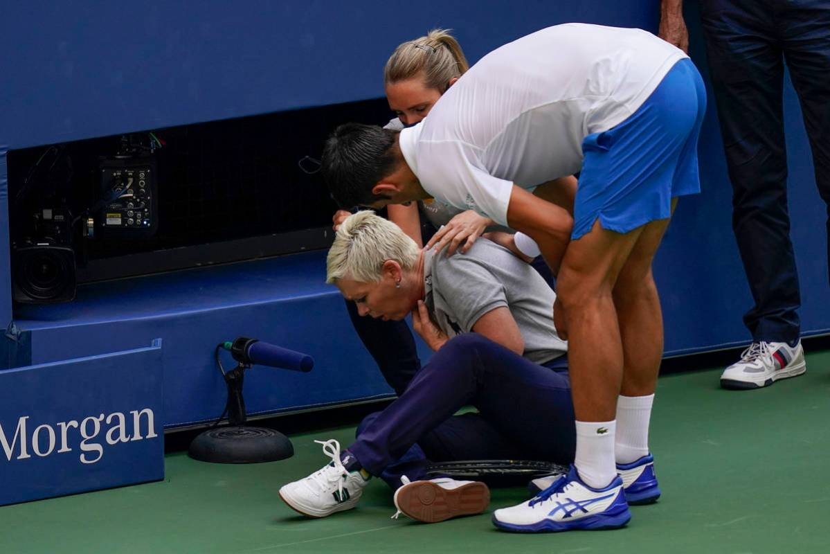Novak Djokovic Defaults From U S Open After Ball Hits Line Judge Las Vegas Review Journal