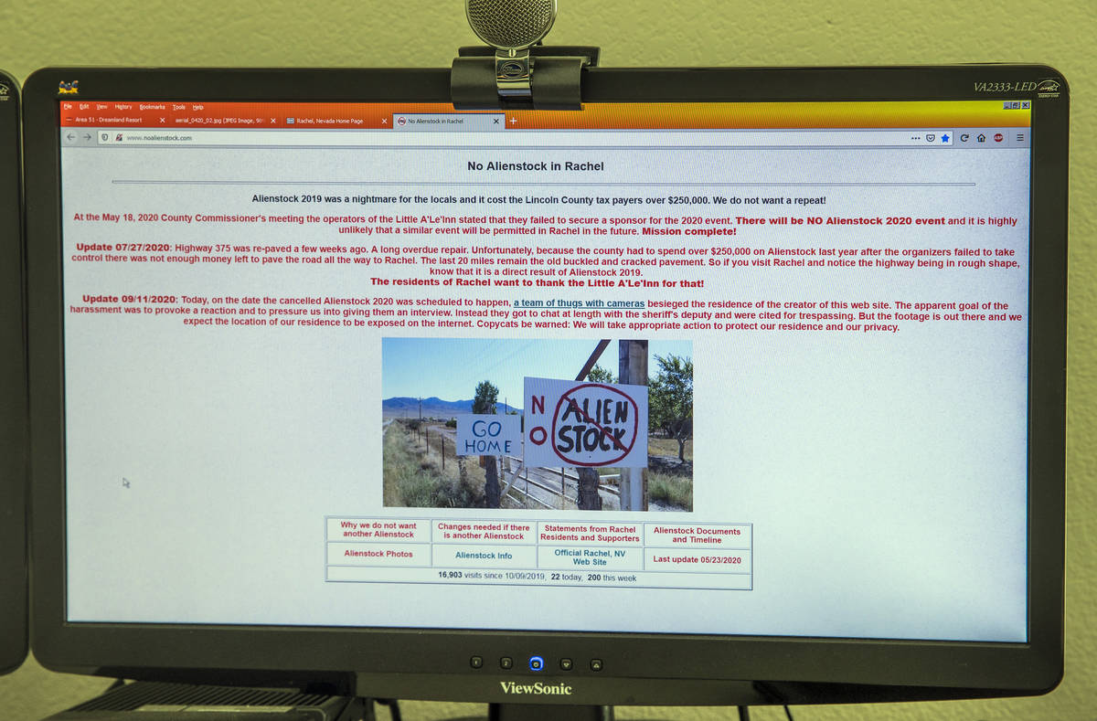 Web page from Rachel webmaster Joerg Arnu on his home work station adverse to Alienstock on Thu ...