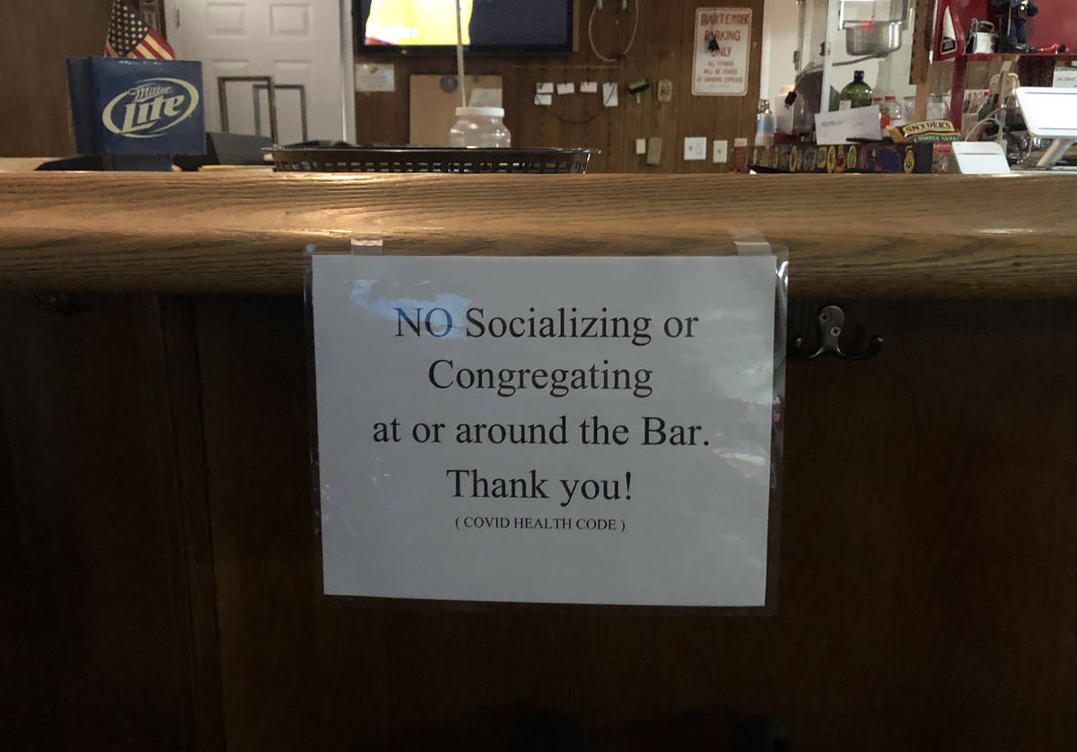 Covid-19 reminder for patrons at VFW Post 10047 in North Las Vegas. (Jannelle Calderon/Las Vega ...