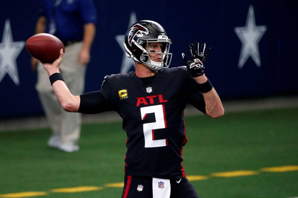 Atlanta Falcons Quarterback Matt Ryan 2 Warms Up Before An Nfl Football Game Against The Dall Las Vegas Review Journal