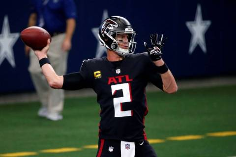 Atlanta Falcons quarterback Matt Ryan (2) warms up before an NFL football game against the Dall ...