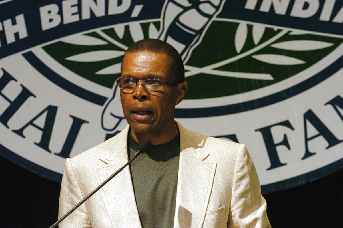 In a June 2, 2004, file photo, Gale Sayers addresses a luncheon sponsored by the College Footba ...