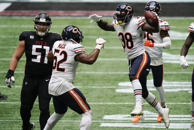 Chicago Bears strong safety Tashaun Gipson (38) celebrates his interception of Atlanta Falcons ...