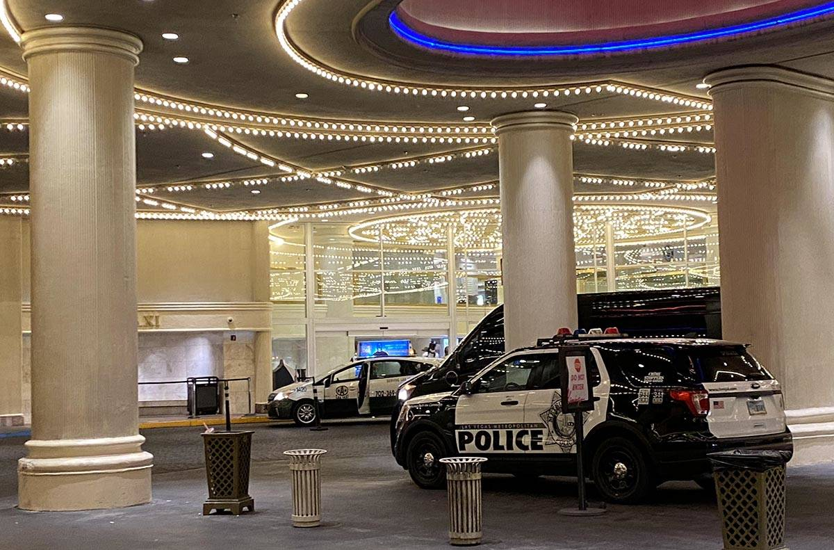 One Las Vegas police unit is parked at the Flamingo Hotel & Casino front door early Monday, Sep ...