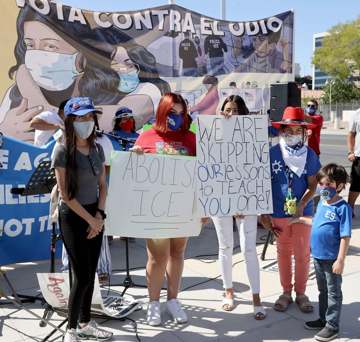 Alessandra Nava, 17, of Las Vegas, from left, Nazareth Jimenez, 16, of Las Vegas, Emily Hernand ...
