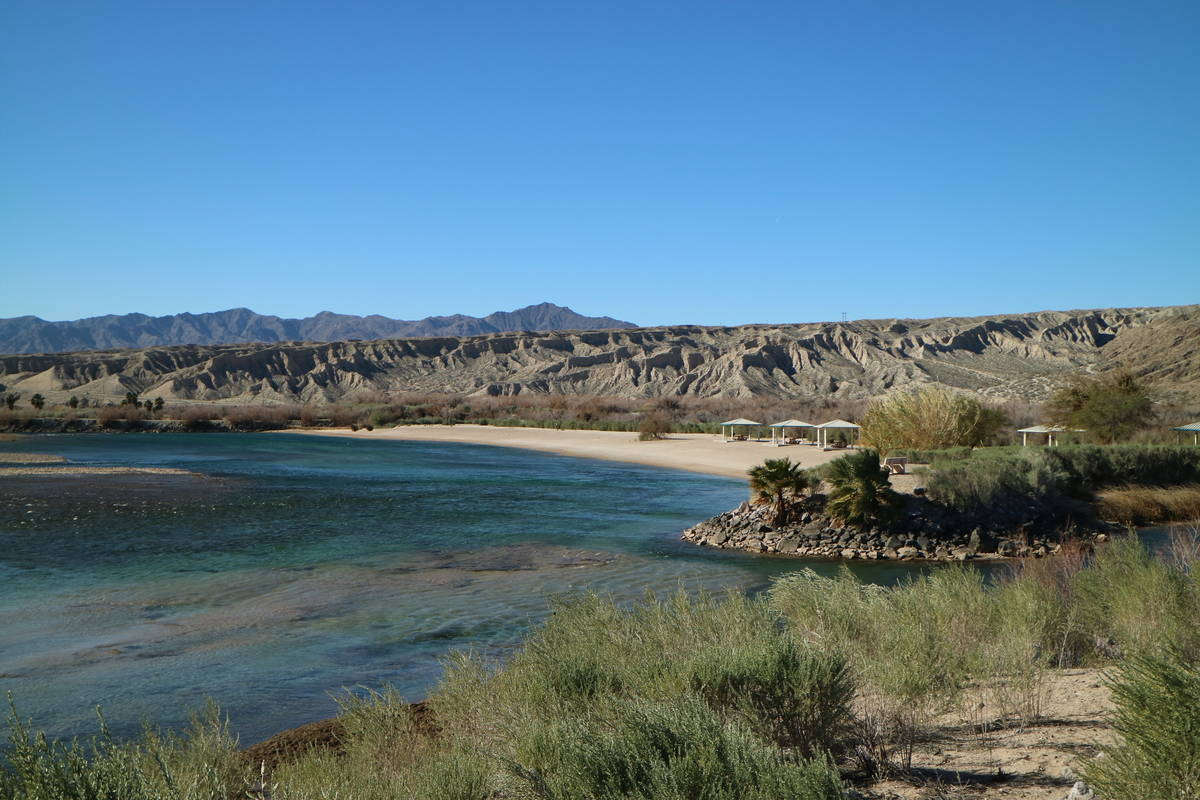 Along the shore there is a boat launch and parking area as well as shade ramadas, picnic sites ...
