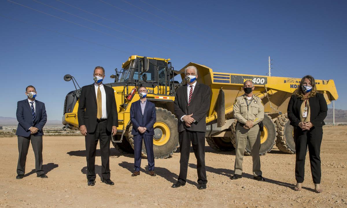 (From left) Greg Korte of The Korte Company, North Las Vegas Mayor John Lee, Executive Director ...