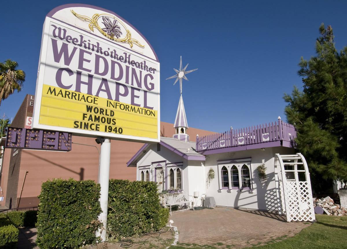 Las Vegas Wedding Chapel Demolition Catches Many By Surprise Las Vegas Review Journal
