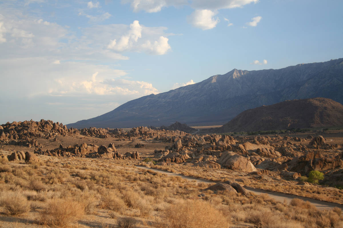 The Alabama Hills are primarily made up of rounded granite. (Deborah Wall/Las Vegas Review-Journal)