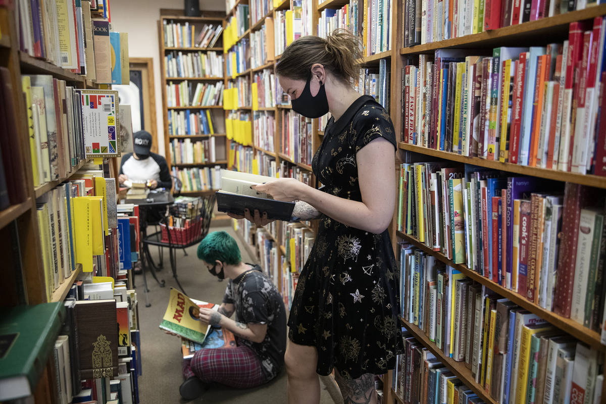 Amber Unicorn Books Kicks Off Sale Before Closure Las Vegas Review Journal This is the version of our website addressed to speakers of english in the united states. amber unicorn books kicks off sale