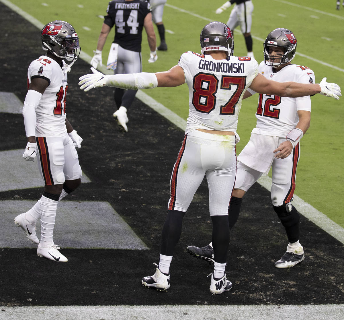 Tampa Bay Buccaneers tight end Rob Gronkowski (87) celebrates after scoring a touchdown with Ta ...