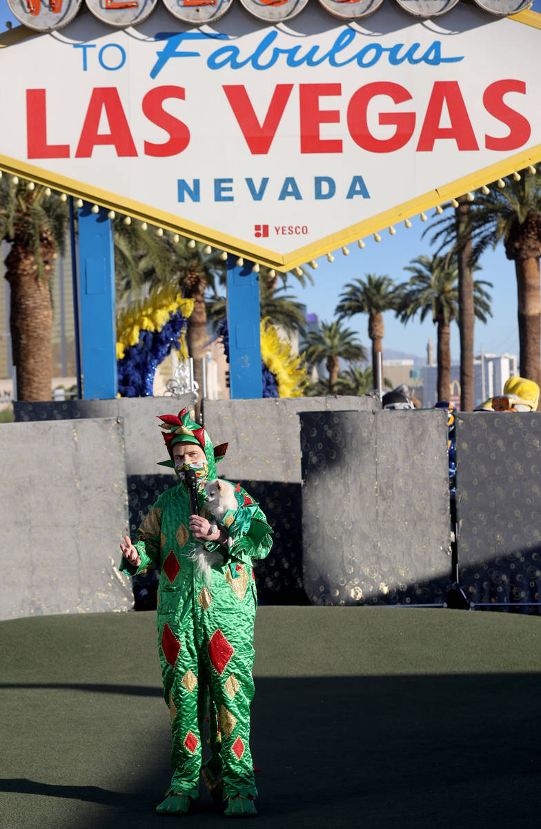 Las Vegas performers, including Piff the Magic Dragon and Mr. Piffles, kick off a multi-city to ...