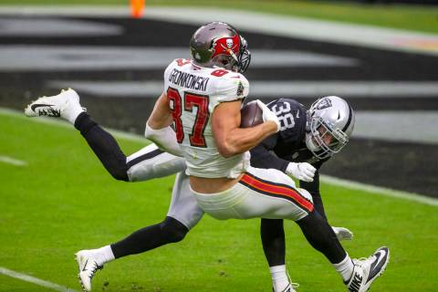 Tampa Bay Buccaneers tight end Rob Gronkowski (87) makes a catch as Las Vegas Raiders strong sa ...