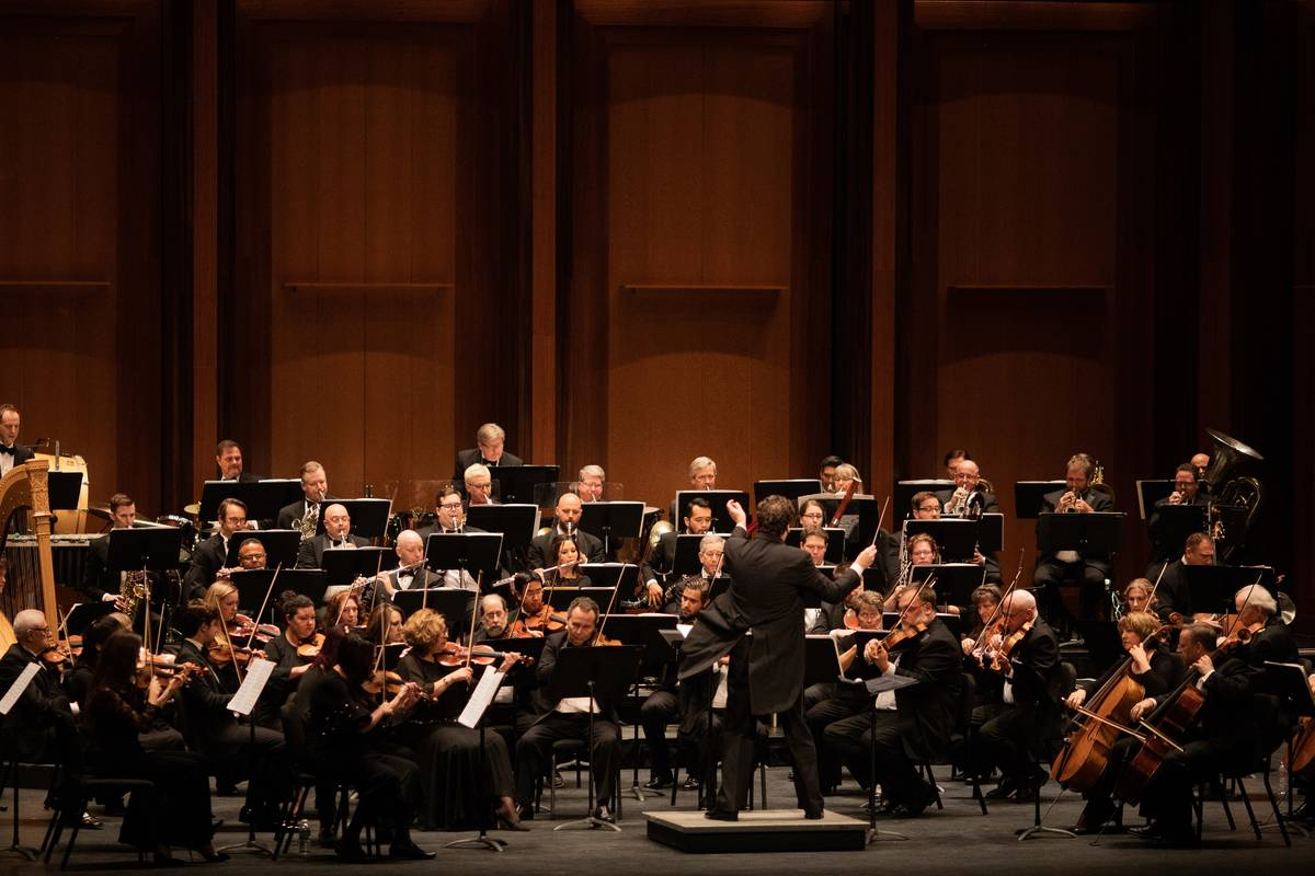 Donato Cabrera and the Las Vegas Philharmonic (Las Vegas Philharmonic)