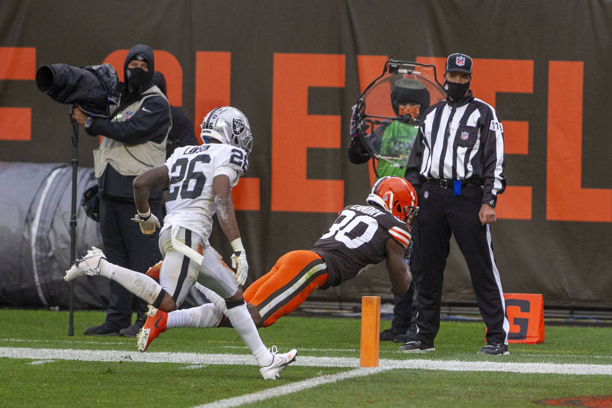 Cleveland Browns wide receiver Jarvis Landry (80) reaches for the end zone after making a catch ...
