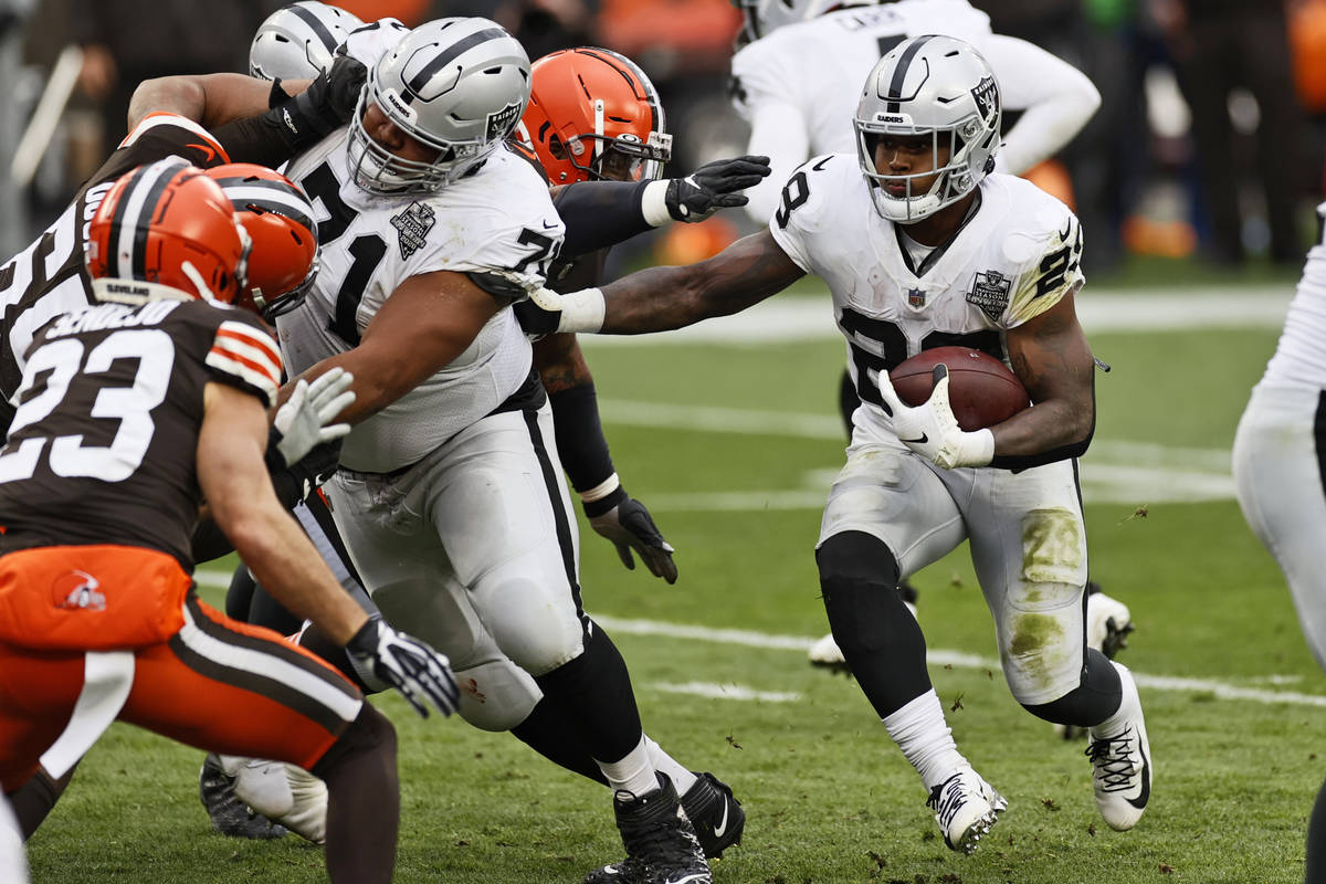 Only Rb Josh Jacobs Left As Raiders Sign 3 Draft Picks Las Vegas Review Journal