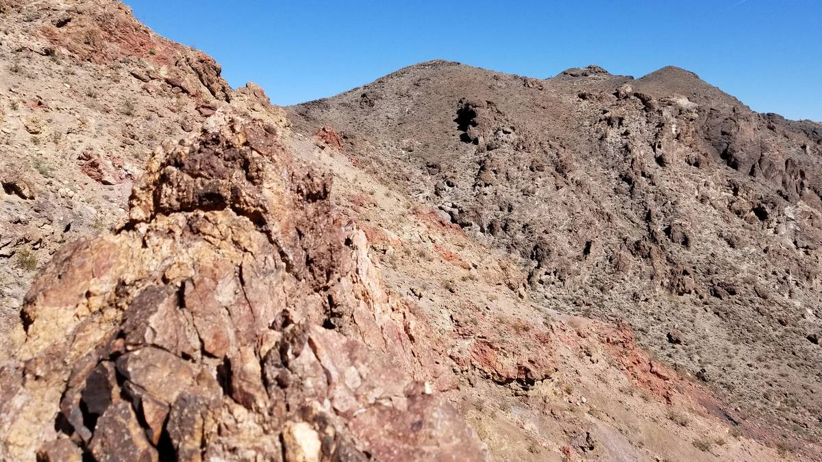 Red Mountain and Black Mountain are visible along the trail. (Natalie Burt/Las Vegas Review-Jou ...