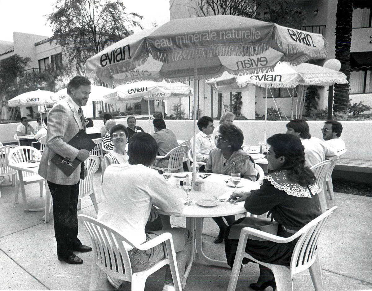 The outdoor dining scene at Pamplemousse restaurant in 1986. (Review-Journal file)