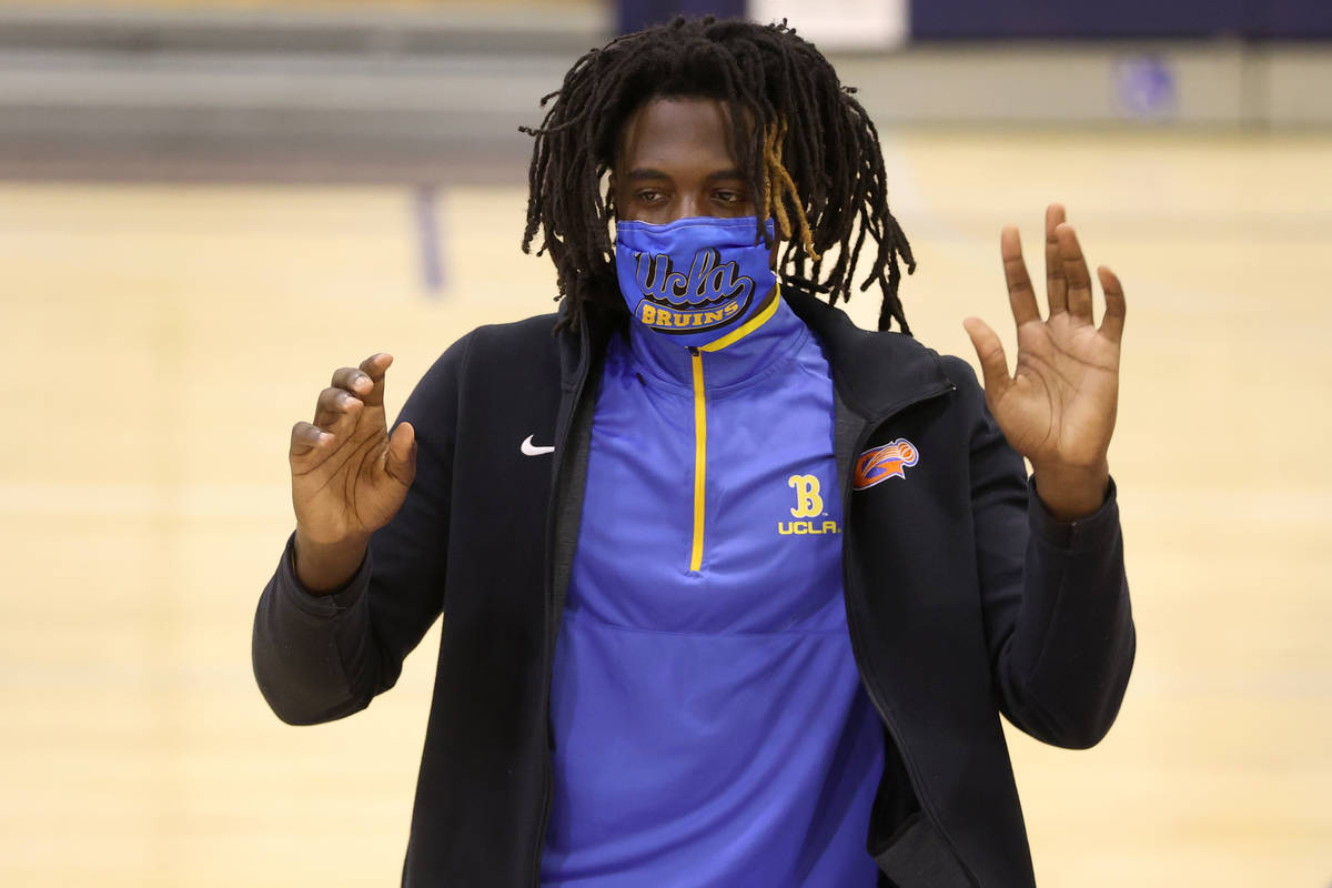 Will McClendon participates during a Signing Day ceremony at Bishop Gorman High School in Las V ...