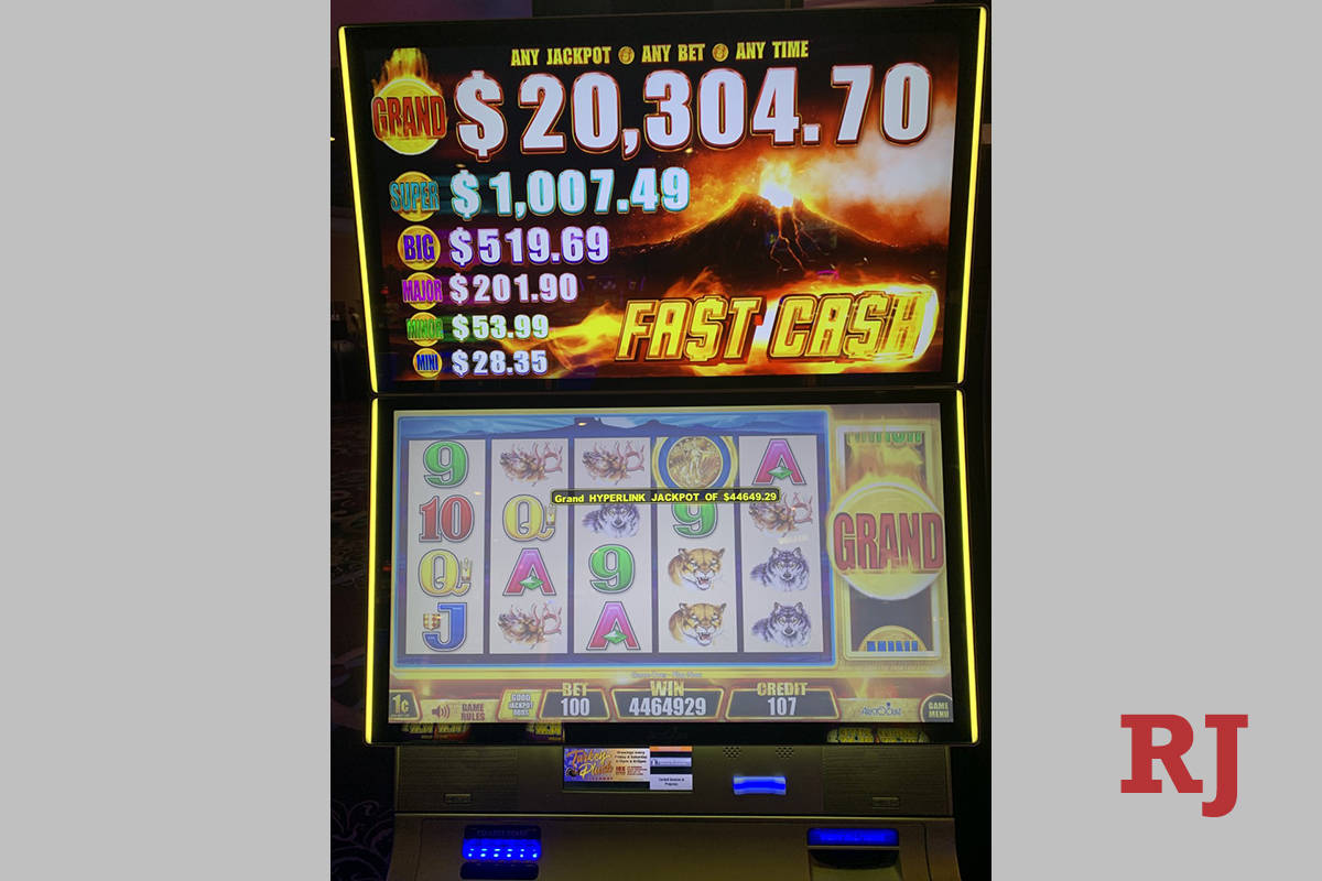 Old woman at jackpot casino casino key license nj