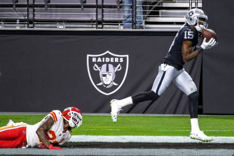 Las Vegas Raiders wide receiver Nelson Agholor (15) secures a touchdown catch as Kansas City Ch ...