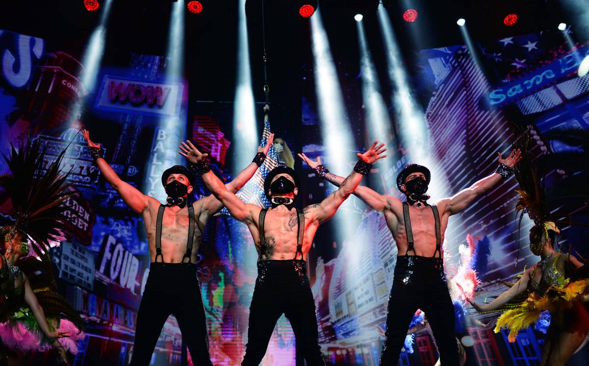 'Extravaganza' returns to Las Vegas Strip for 50 folks