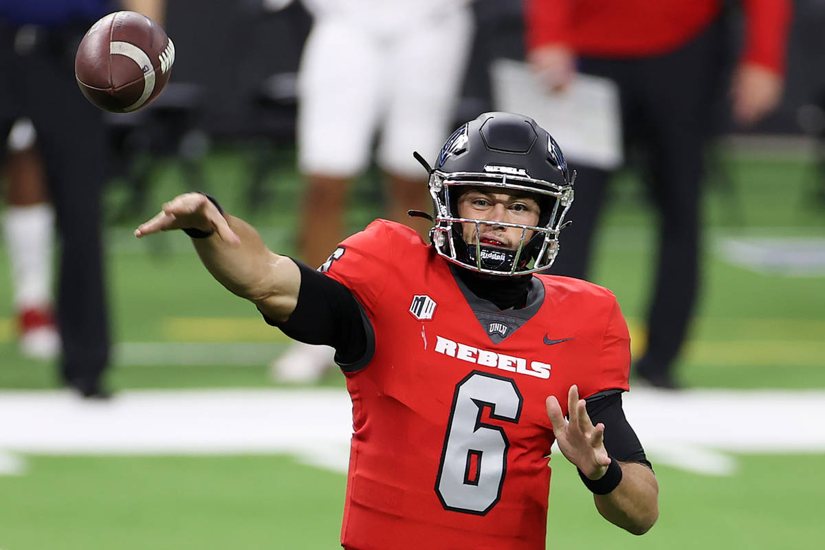UNLV Rebels quarterback Max Gilliam (6) makes a pass against the Fresno State Bulldogs during t ...