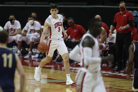 UNLV Rebels guard Caleb Grill (3) looks for a pass, playing against Montana State Bobcats durin ...