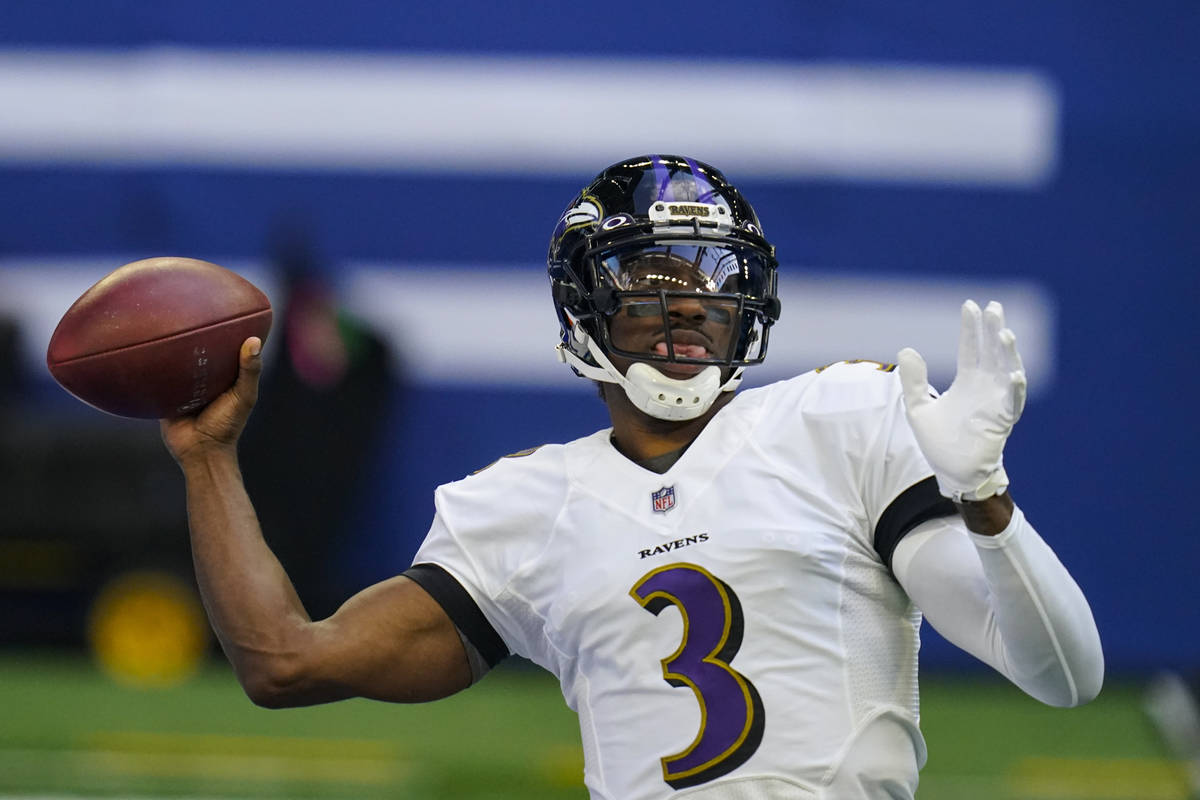 Baltimore Ravens quarterback Robert Griffin III (3) throws before an NFL football game against ...