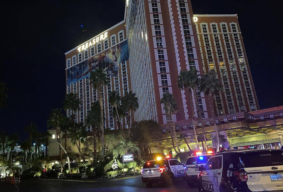 Las Vegas police vehicles at Treasure Island on Thursday, Dec. 10, 2020. (Glenn Puit/Las Vegas ...