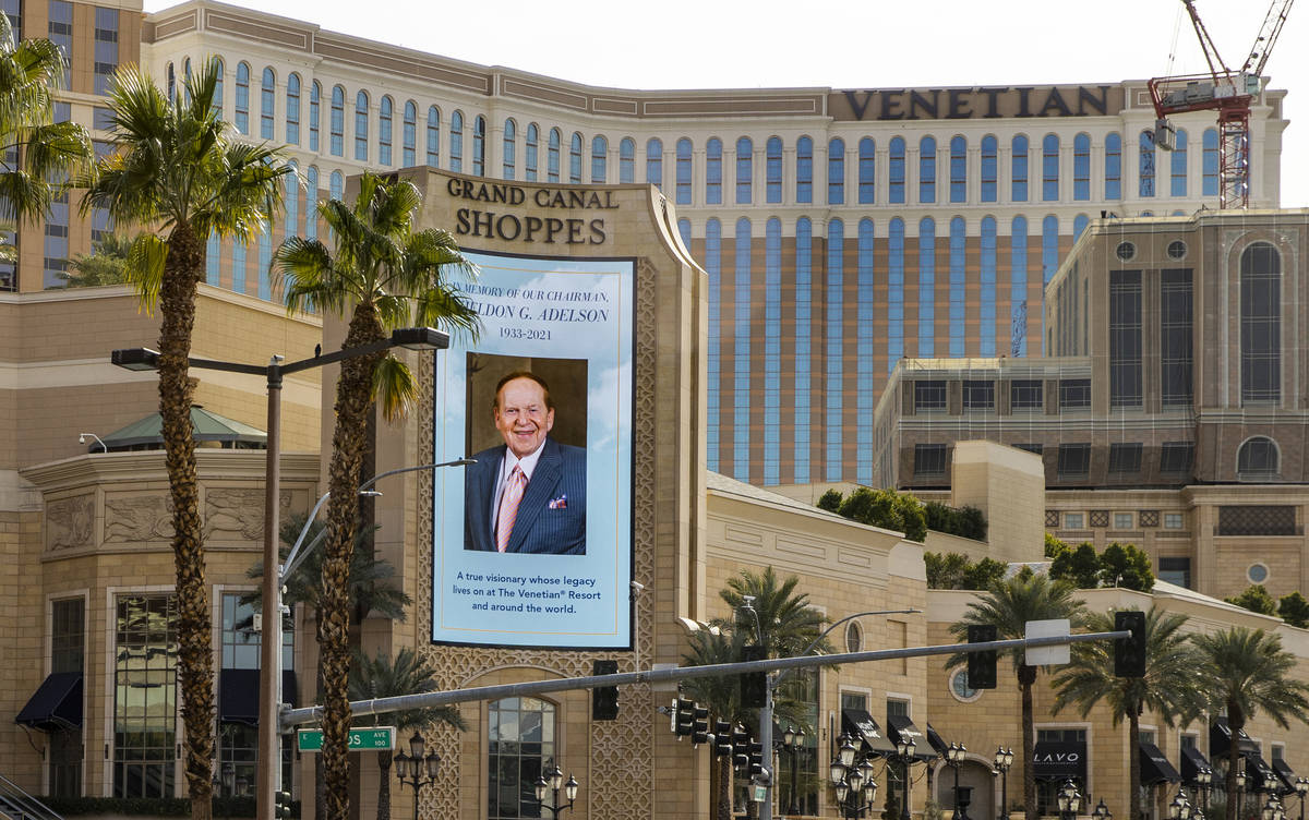 Tribute to Sheldon Adelson on the marquee at Grand Canal Shoppes at Palazzo on Tuesday, Jan. 12 ...