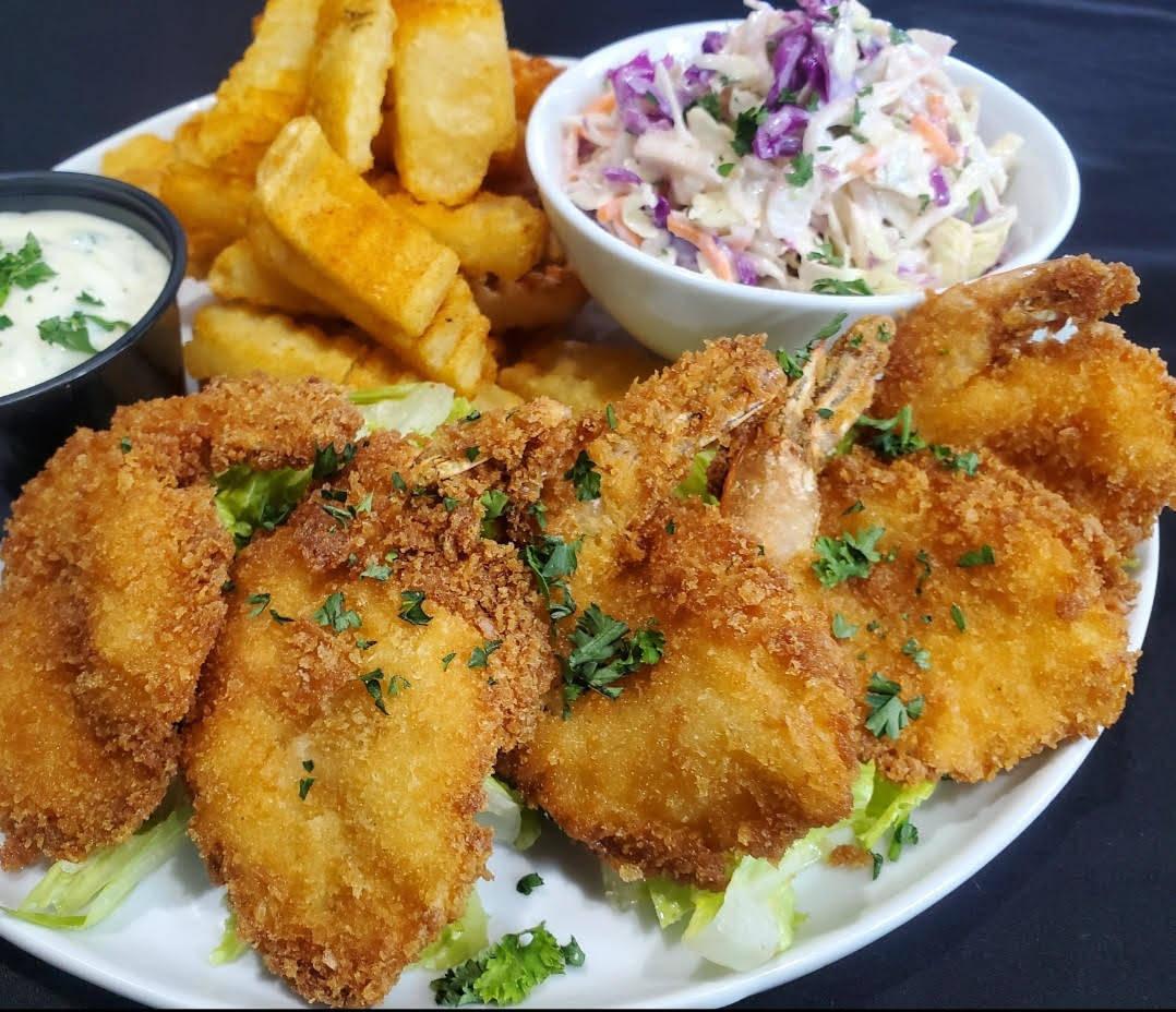 A fried shrimp dinner at the new Black & Blue Diner. (Black & Blue Diner)
