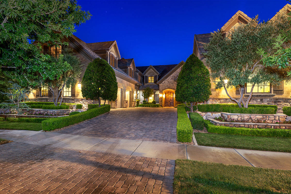 Former UNLV basketball coach and current Oklahoma coach Lon Kruger purchased a 9,2450-square-fo ...