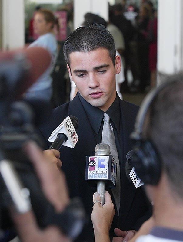 Steven Gazlay talks with news media outside Clark County District Court on Sept. 10, 2003. (Rev ...