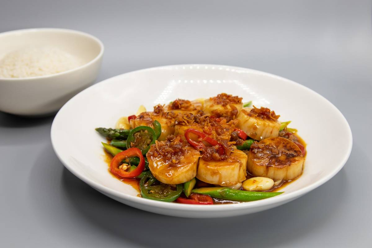 Scallops with XO sauce at Northside Cafe & Chinese Kitchen. (Sahara)
