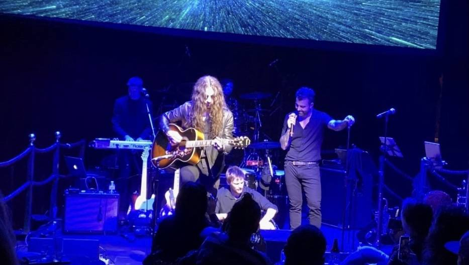 Frankie Sidoris and Franky Perez perform as IE&Y at Cleopatra's Barge at Caesars Palace on Jan. ...