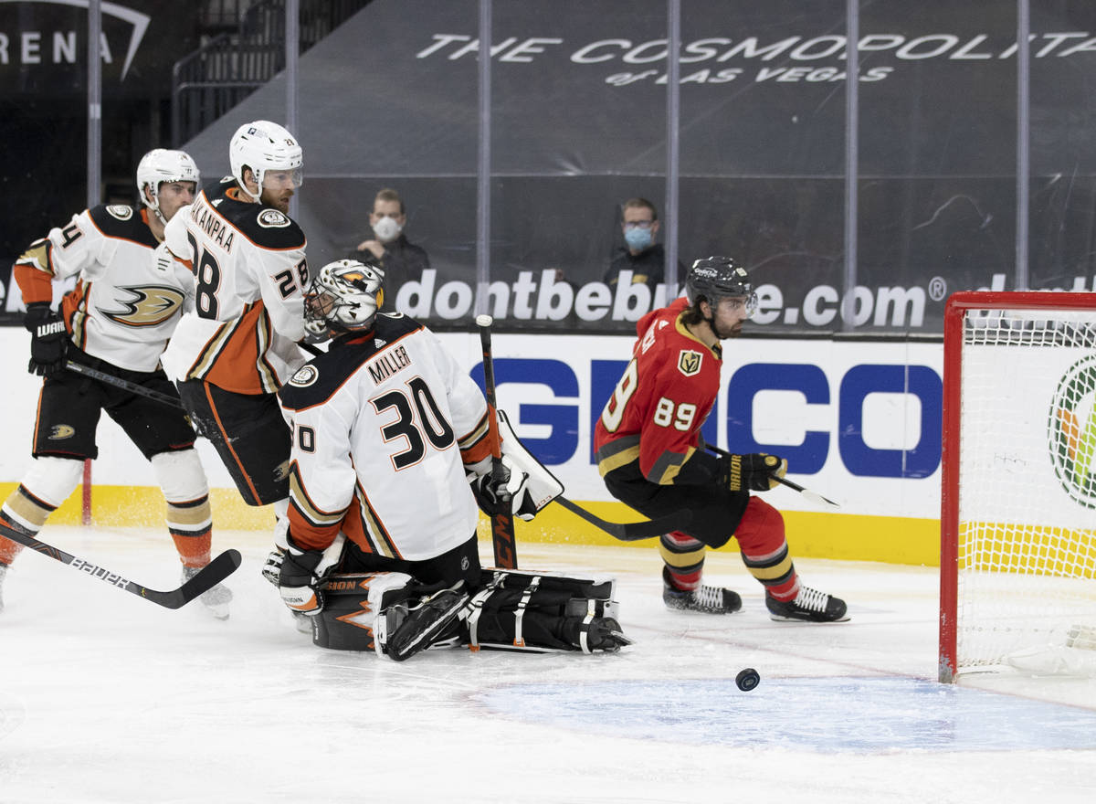 Vegas Golden Knights right wing Alex Tuch (89) scores a goal against Anaheim Ducks goaltender R ...