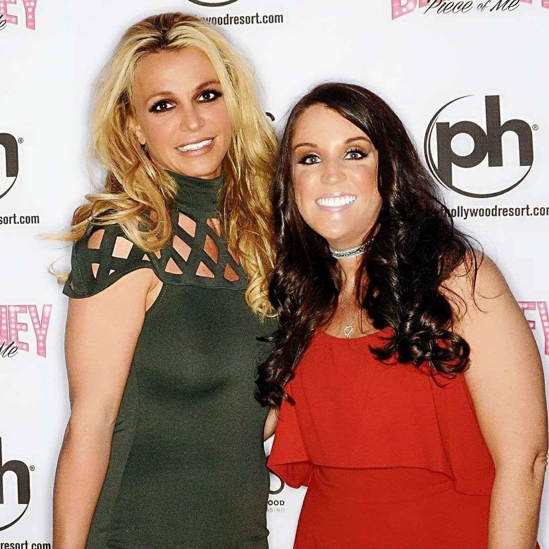 Britney Spears is shown with fan Crystal Wellman at Planet Hollywood on Oct. 18, 2017. (Crystal ...
