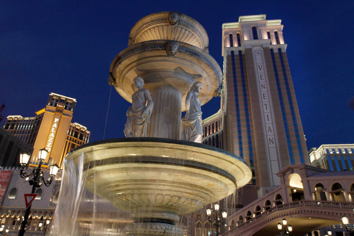 The Palazzo and The Venetian are seen on the Las Vegas Strip, Saturday, Nov. 21, 2020. (Chitose ...