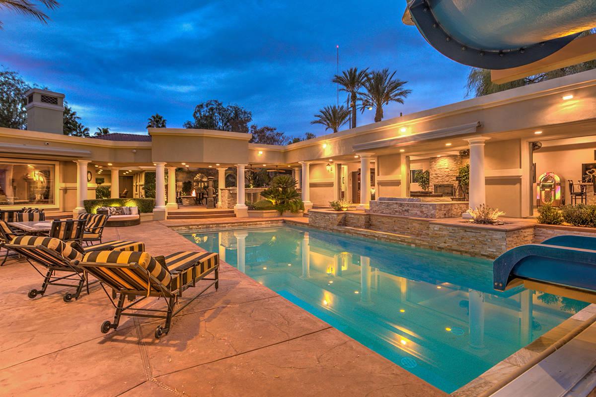 Pool and spa. (Mark Wiley Group)