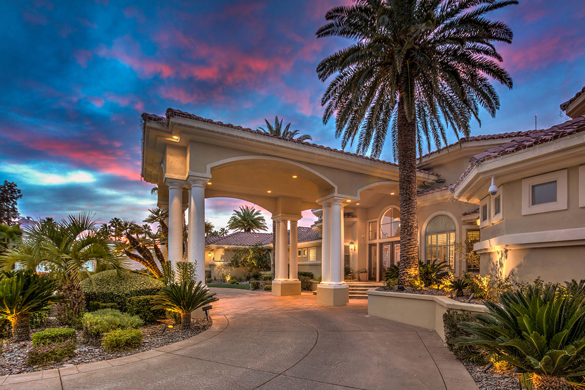 This Ten Oaks home has a circular driveway and a porte-cochere. The mansion has been listed for ...