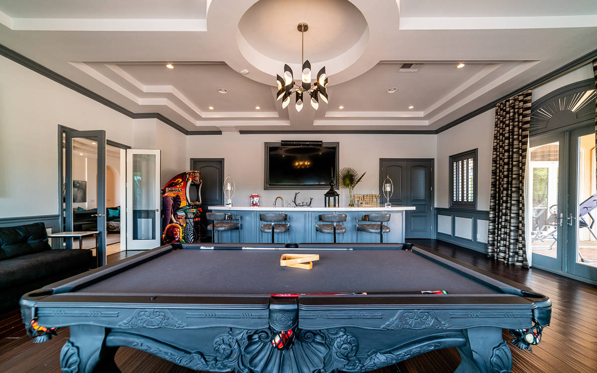 The game room at 9511 Kings Gate Court. (Luxurious Real Estate)