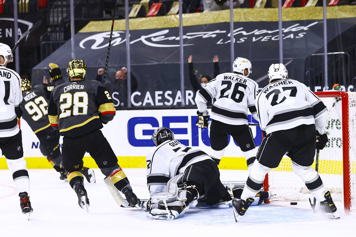 Los Angeles Kings goaltender Jonathan Quick (32) gives up a goal to Golden Knights' Tomas Nosek ...