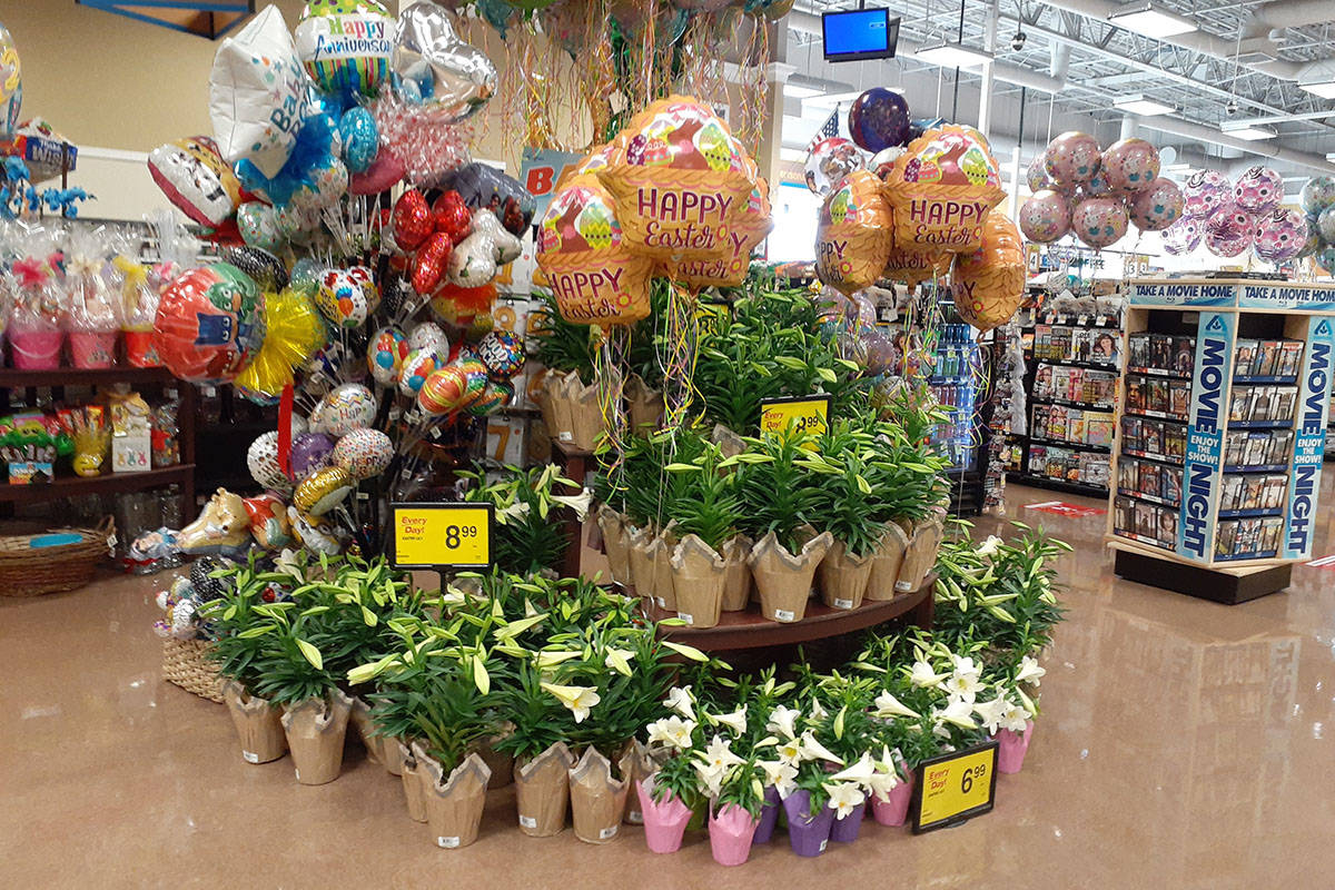 An Easter lily display at an Albertson's store in Henderson on Tuesday, March 30, 2021. (Marvin ...