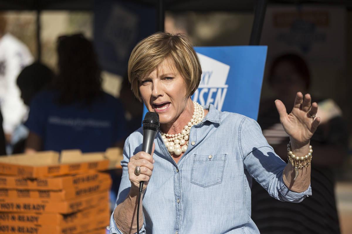 Susie Lee speaks during a rally. (Benjamin Hager/Las Vegas Review-Journal)